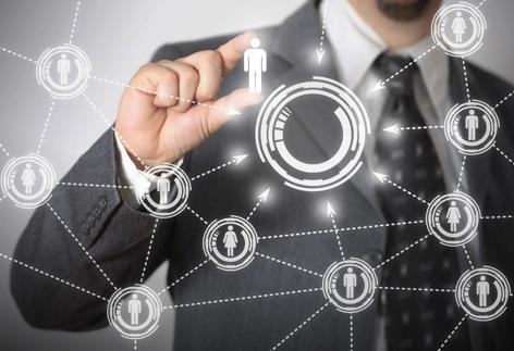 La influencia social del nuevo liderazgo colaborativo y adaptativo